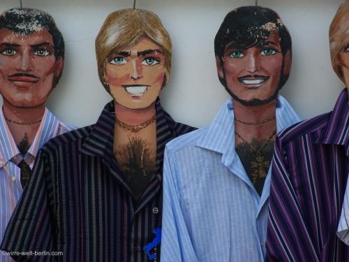 Männer aus Pappe